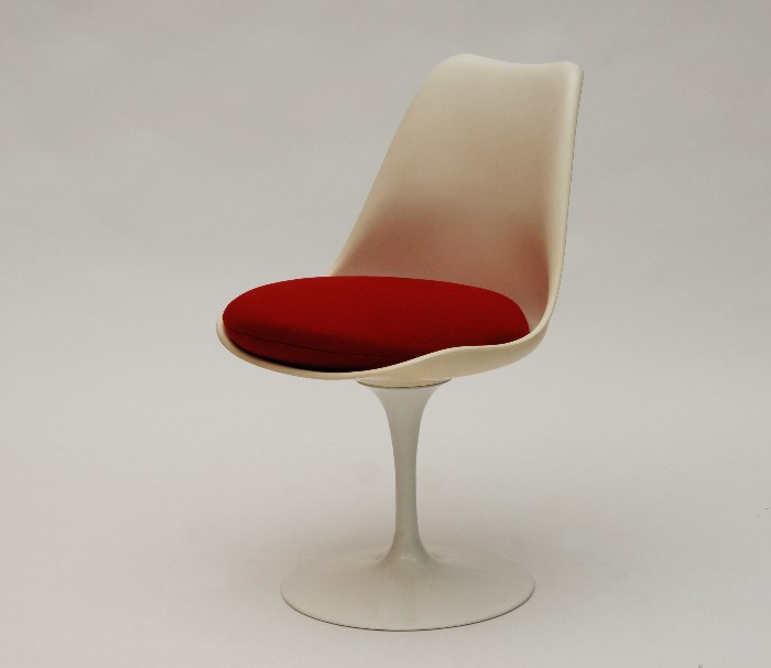 RetroFactory Tulip Chair Eero Saarinen